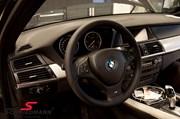 BMW X5 M Steering Wheel01