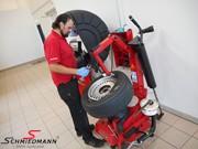 BMW E38 Headlight Tires 05
