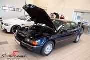 BMW E38 Headlight Tires 03