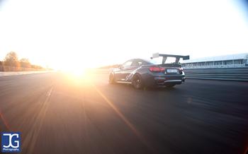 BMW F82 M4 Schmiedmann Sverige Into The Sunset