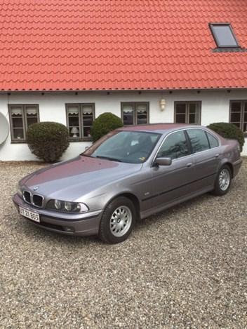 BMW E39 523I 3