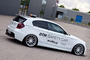 BMW E87 120D DTM Safety Car 3
