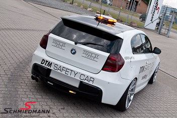 BMW E87 120D DTM Safety Car 1