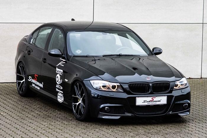 BMW S3 Schmiedmann Faar Monteret Z Performance Vinterfaelge Paa Vaerksted I Odense 2 2