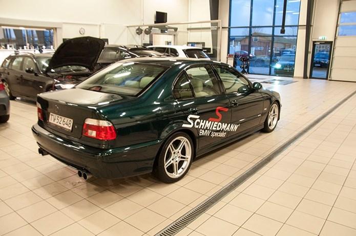 BMW E39 Paa Vaerkstedet Set Skraat Bagfra