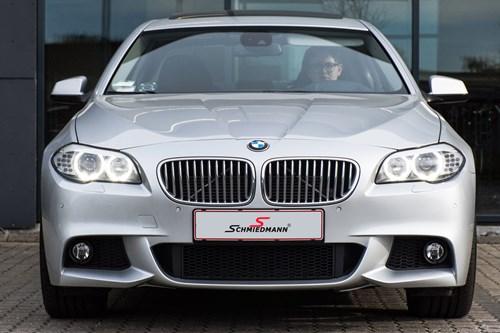 Monteringsfejl Bortredigeret EFTER BMW F10 535I Hybrid M Pakke Spoilersaet Frontspoiler Sideskoerter Og Haekspoiler 1