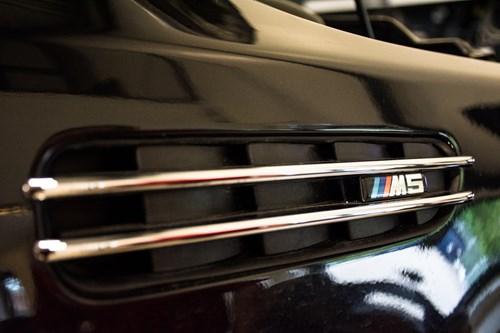 BMW E60 Schmiedmann Ombygning M5 Skaerme M5 Eisenmann Udstoedning M5 Skoerter M5 Forkofanger Og M5 Bagkofanger 24