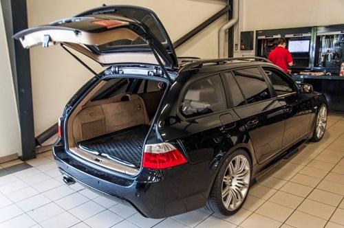 BMW E61 Ledninger I Bagklap 0021