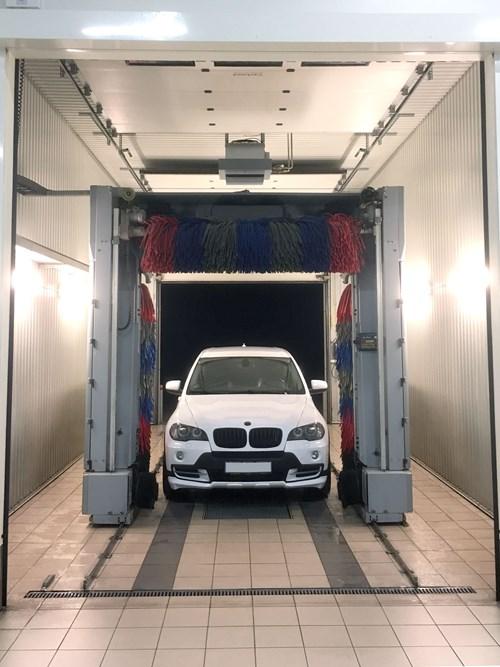 Schmiedmann Odense Vaskehal Hvid BMW X5 Zoom