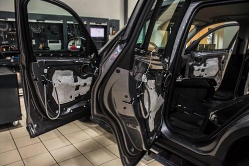 Schmiedmann BMW X3 F25 Laeder Ombetraekning 7285