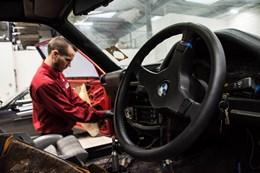 Schmiedmann BMW M3 E30 EVO2 Door Removal 9252