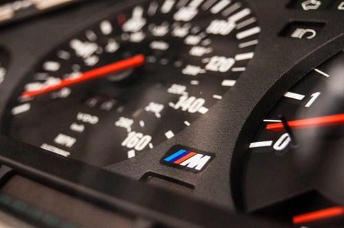 Schmiedmann BMW M3 E30 EVO2 Instrument Cluster 0007