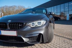 BMW M4 19