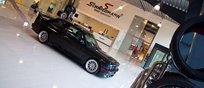 showroom-schmiedmann-odense-bmw-e30-m3