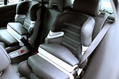 Org Bmw Child Seatwith Leather02