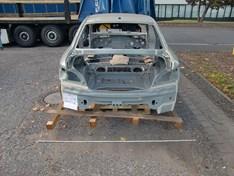 BMW E82 Body 41 00 2 996 578 Los02